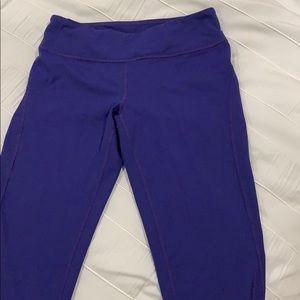 Zella Capri workout pants size small